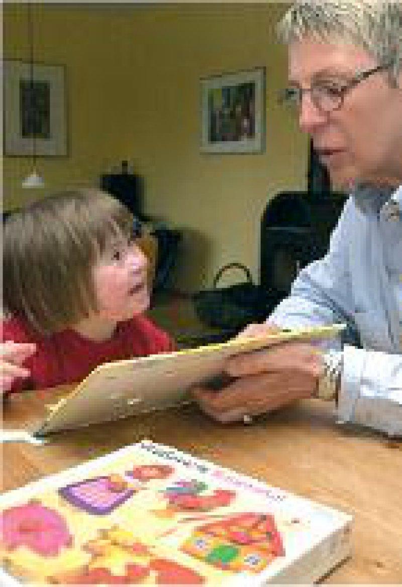 Gute Entwicklungsmöglichkeiten durch Frühförderung haben Kinder mit Down-Syndrom heute. Foto: epd