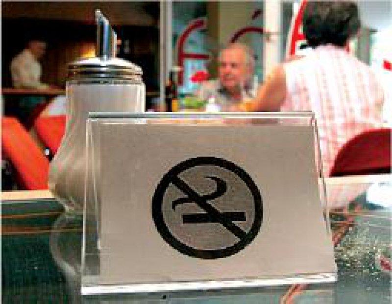 Rauchverbot: EU-Kommission will einen europaweiten Gesundheitsschutz durchsetzen. Foto: Picture Alliance