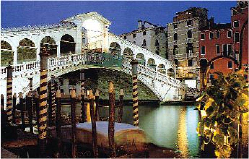 Venedig: Ponte di Rialto über dem Canale Grande. Foto: Mondial Tours GmbH