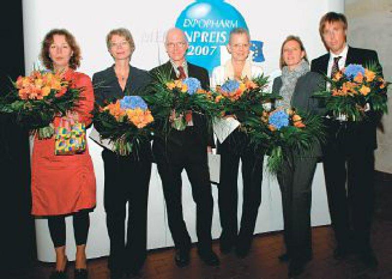 Karolin Leyendecker, Martina Keller,Michael Wolff, Irene Meichsner, Rita Homfeldt, Markus Feldenkirchen (von links). Foto: Elke Hinkelbein