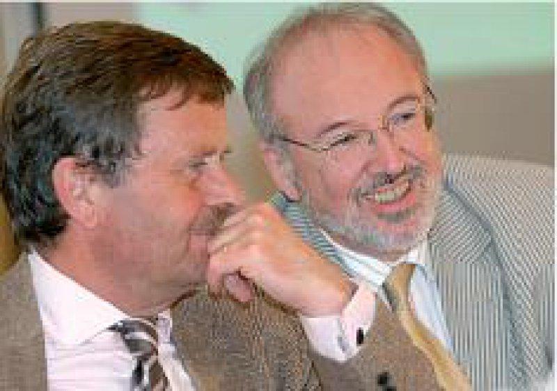 Aussichtsreicher Kandidat: Rudolf Henke (rechts) will Montgomerys Nachfolger werden. Foto: Bernhard Eifrig