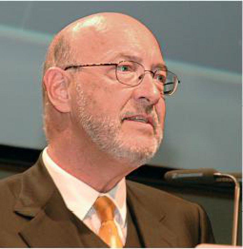 Dr. med. Wolfgang Wesiack betonte die wichtige Rolle des Internisten in der gesundheitlichen Versorgung Deutschlands. Foto: Johannes Aevermann