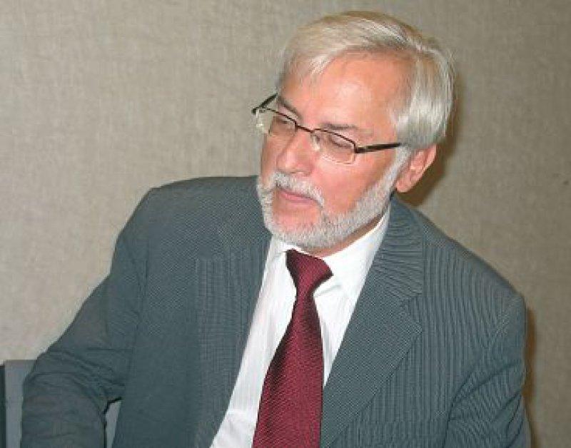 Dieter Best ist Mitglied im beratenden Fachausschuss Psychotherapie der KBV, im Arbeitsausschuss des Bewertungsausschusses sowie Mitglied in der Vertreterversammlung der KBV.Fotos: Petra Bühring