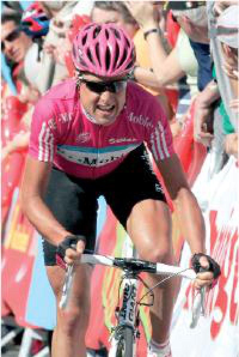Patrik Sinkewitz fuhr für das Team T-Mobile. Bei der Tour de France 2006 ließ sich Sinkewitz an der Universitätsklinik Freiburg Eigenblut zur Leistungssteigerung reinfundieren. Foto: dpa
