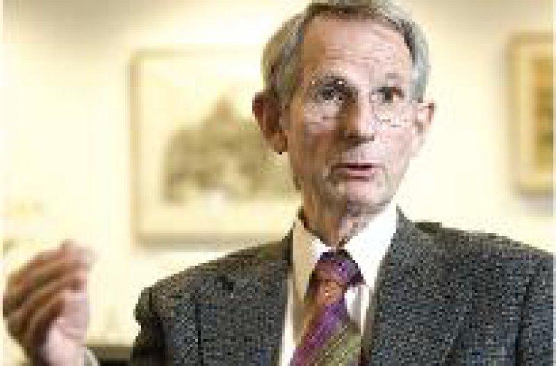 """""""Diese Unterversorgung ist staatlich verursachte Zweiklassenmedizin."""" Prof. Dr. med. Jörg-Dietrich Hoppe Foto: modusphoto/Jardin"""