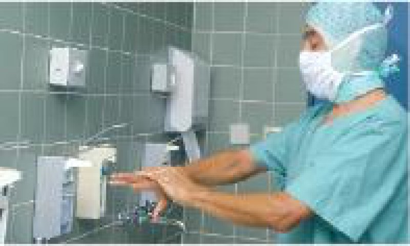 Unnötige Infekte verhindern: Experten fordern mehr Hygienefachpersonal und von der Politik das dafür notwendige Geld. Foto: Peter Wirtz