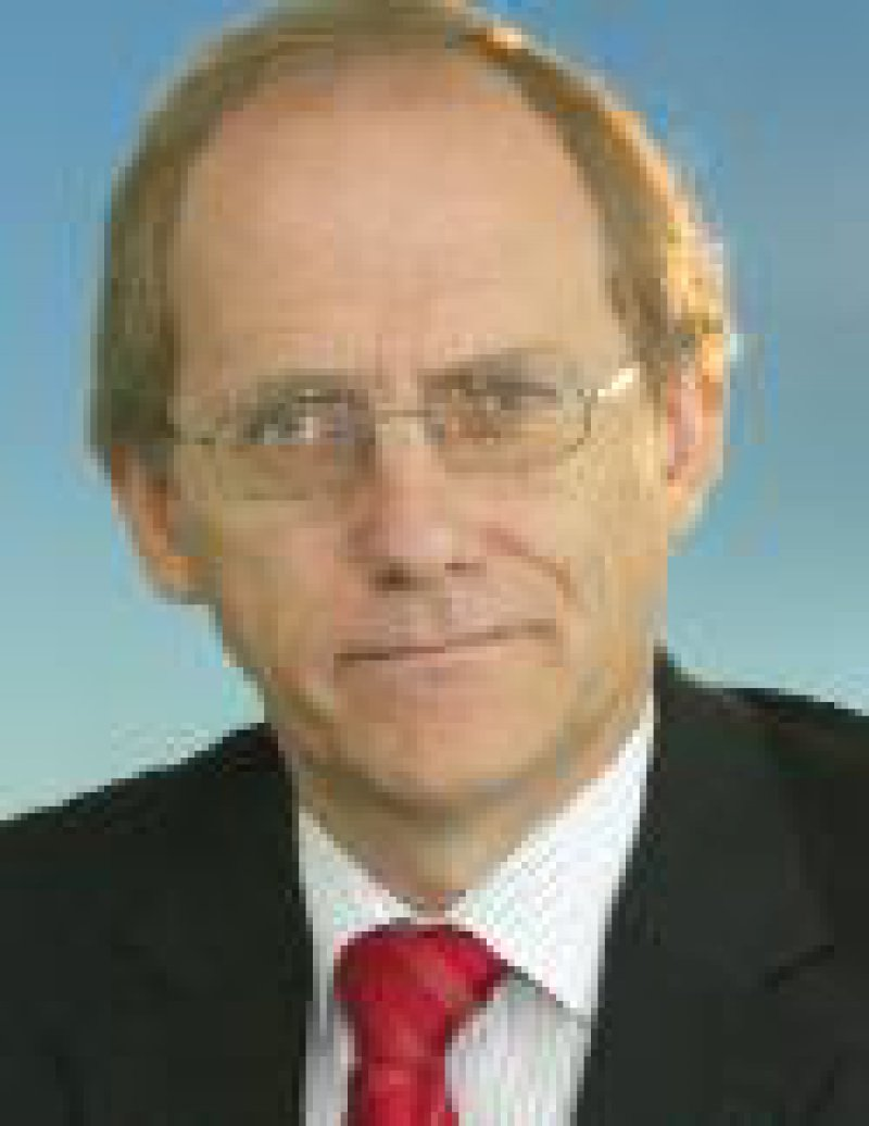 Heinz StüweChefredakteur