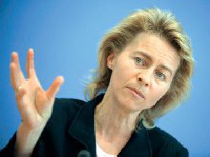 Den Blick stärker auf die Kinder richten:Bundes-familienministerin Ursula von der Leyen. Foto:ddp