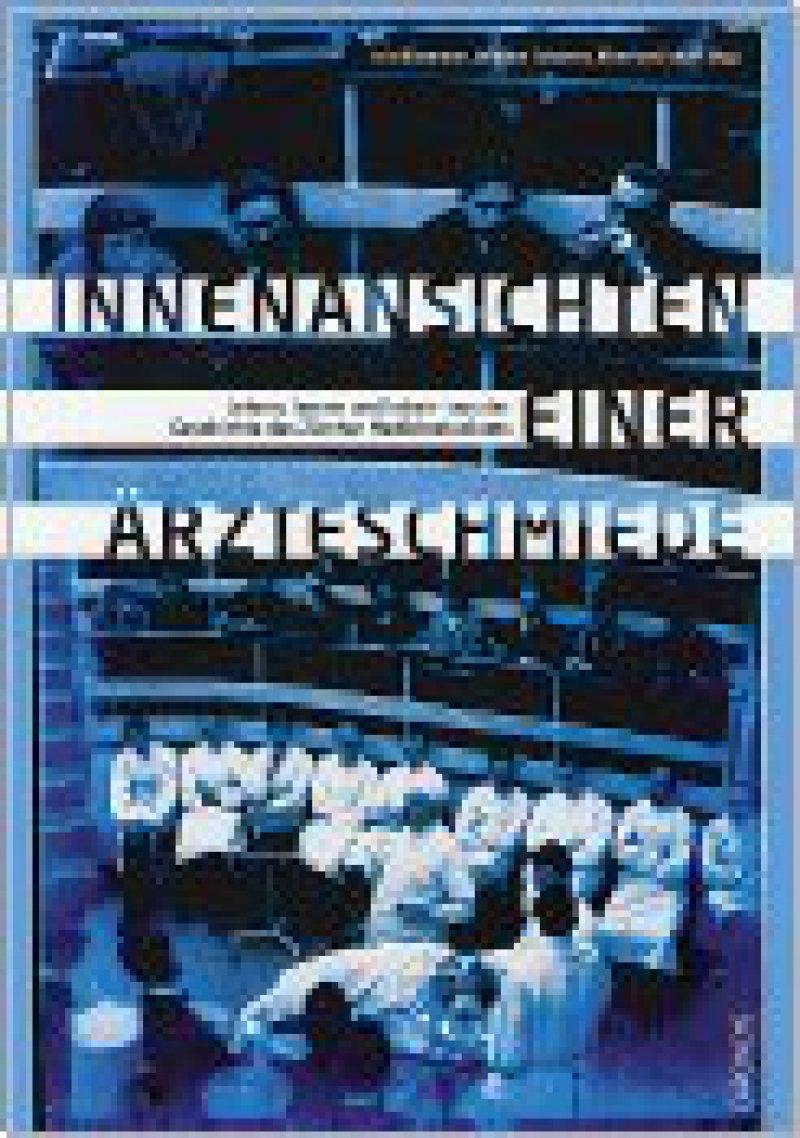 Iris Ritzmann, Wiebke Schweer, Eberhard Wolff (Hrsg.): Innenansichten einer Ärzteschmiede. Chronos Verlag, Zürich, 2008, 240 Seiten, 20,60 Euro
