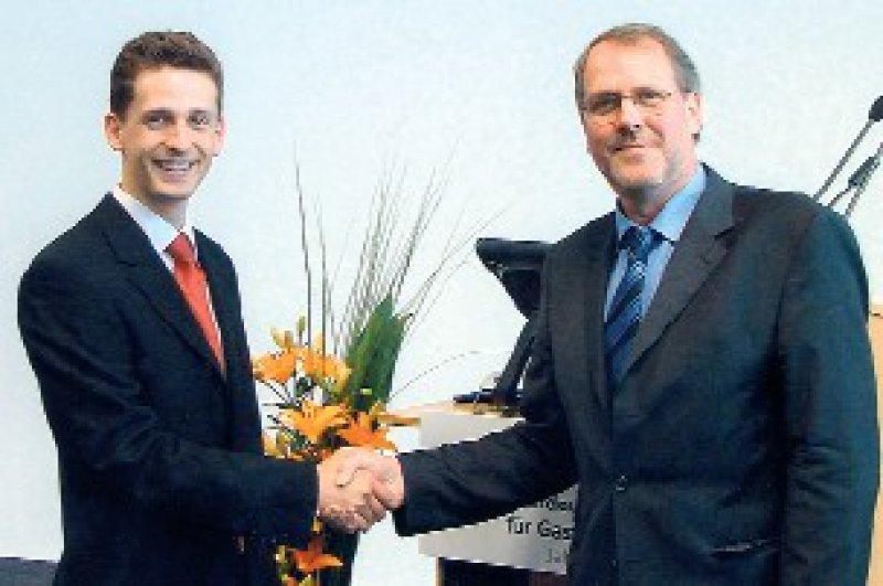 Patrick C. Hermann und Klaus Schwartze (von links) Foto: Dr. Falk Pharma