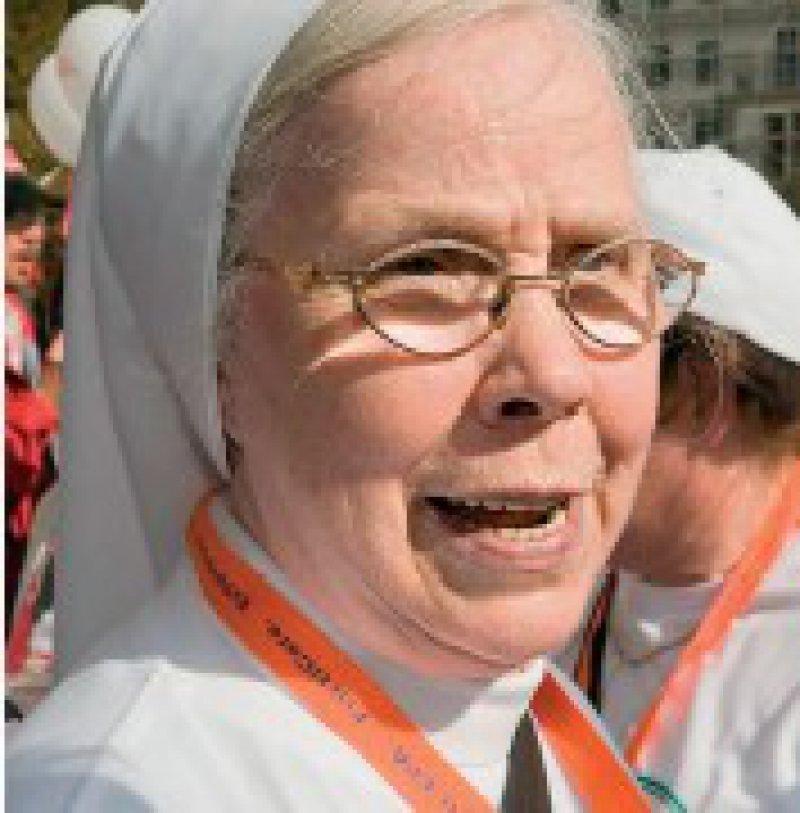 """""""Gerade für junge Leute ist es nicht mehr attraktiv, Arzt zu werden oder in die Pflege zu gehen. Schuld sind die schlechten Arbeitsbedingungen."""" Ordensschwester Maria Xaveria, Lörrach"""