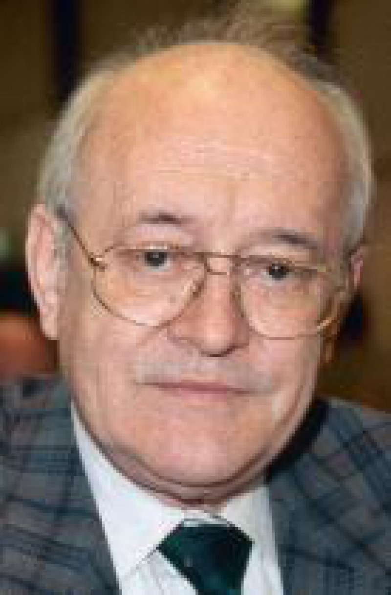 Jürgen W. Bösche Jürgen W. Bösche