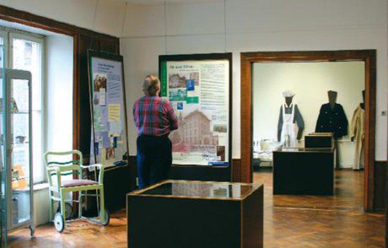 """Durchblick: Das Psychiatriemuseum wird von Betroffenen betrieben, die sich 1990 im Verein """"Durchblick"""" organisierten. Foto: Pro Leipzig/Thomas Steinert"""