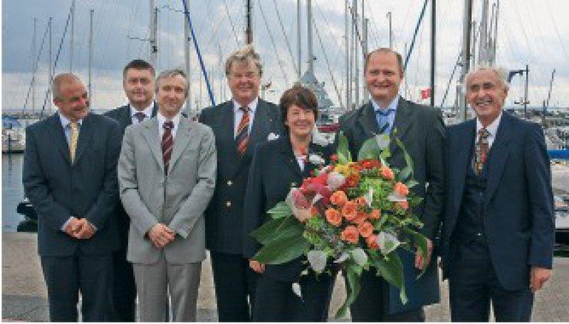 Norbert Stuhlmann, Eckhard Müller, Joachim Georgi, Jörg Haasters, Marlies Gliemann, Norbert Stefan, Hans Rieckert (von links) Foto: Damp-Holding