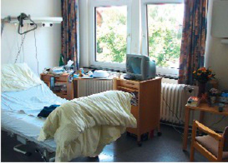 Die Einrichtung einzelner Zimmer reicht für die Implementierung einer Sterbekultur im Krankenhaus nicht aus, sondern bildet eine Basis für einen respektvollen Umgang mit Schwerstkranken. Fotos: Marienstift Braunschweig