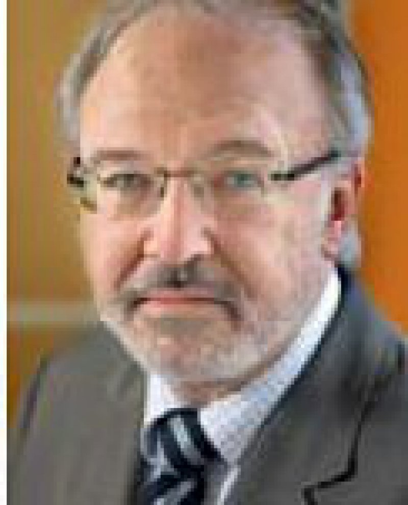 Rudolf Henke: Pläne des Ministeriums sind empörend. Foto: Photothek