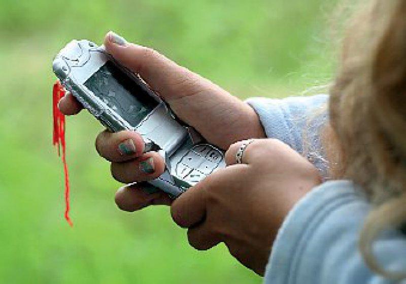 Mit Handys, die spezielle Sensoren enthalten, lassen sich physische Aktivitäten und Bewegungszustände wie Laufen oder Radfahren erfassen und auswerten. Foto: Fotolia