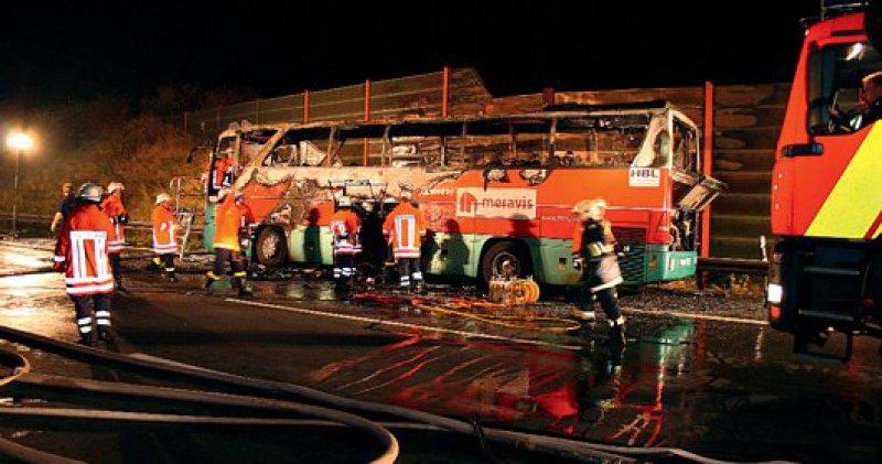 Es war das schwerste Busunglück in Deutschland seit 15 Jahren: 20 Menschen starben am 4. November auf der Autobahn 2 nahe Hannover.