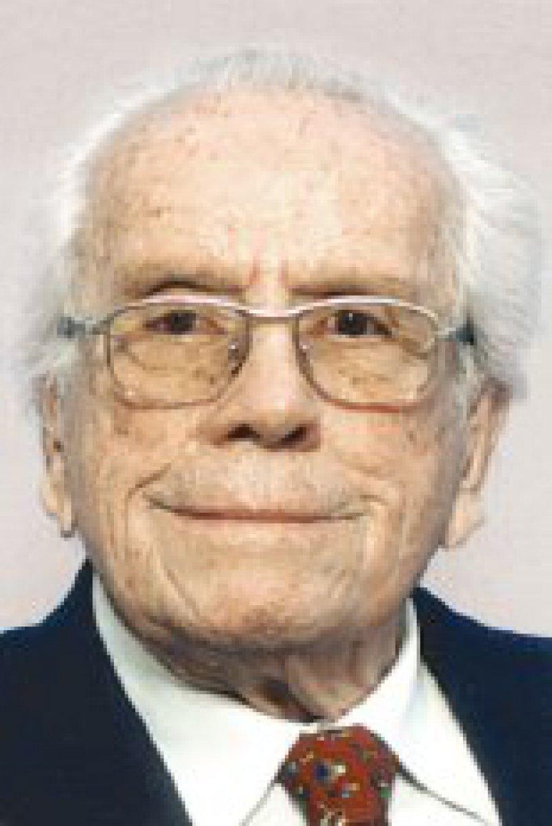 Prof. Dr. med. Fritz Kümmerle leitete 22 Jahre die Chirurgische Universitätsklinik in Mainz. Insbesondere zur Weiterentwicklung der Viszeralchirurgie und endokrinologischen Chirurgie hat er maßgeblich beigetragen. Foto: privat