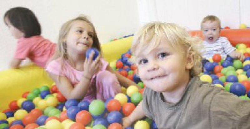 Kinder und Kar-riere unter einenHut bringen:Dasgelingt nicht immer. Foto:KEYSTONE
