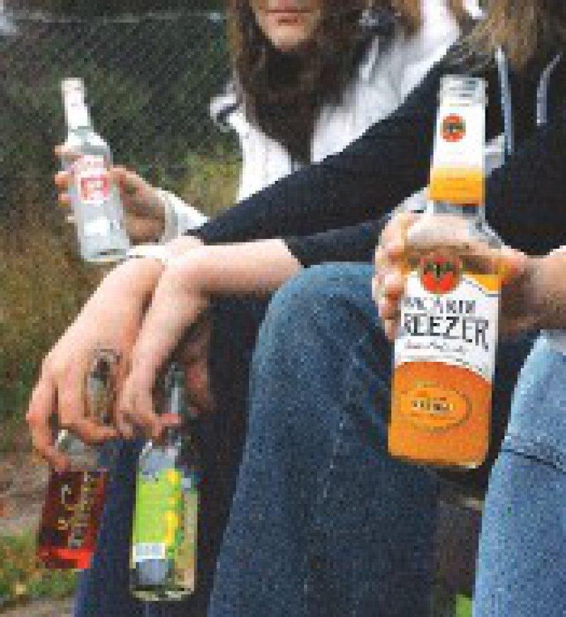 """""""Alkohol? Kenn Dein Limit."""" – mit diesem Slogan will die BZgA über die Folgen von übermäßigem Trinken aufklären. Foto: epd"""
