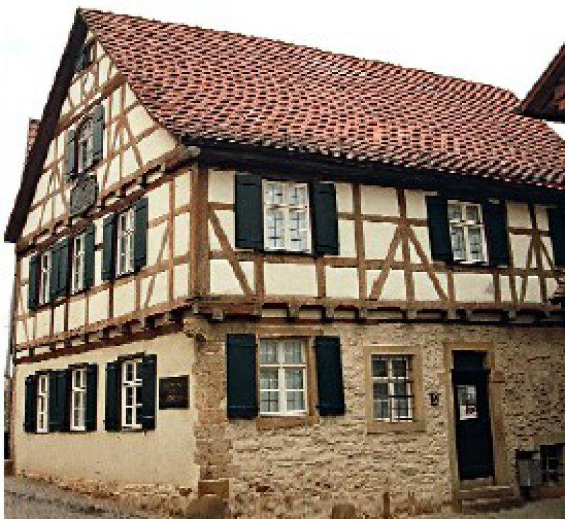 Geburtshaus Friedrich Schillers in der Marbacher Altstadt, das mit einer neuen Ausstellung im Februar wiedereröffnet worden ist