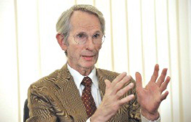Bezeichnete das AOK-Projekt als unseriös: der Präsident der Bundesärztekammer Jörg- Dietrich Hoppe. Foto: Georg Lopata