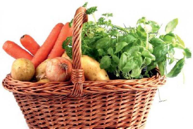 Grünes Licht für Gemüse: lipominus.de listet kalorienarme Lebensmittel auf, die sich auch zum Abnehmen eignen. Foto: Fotolia