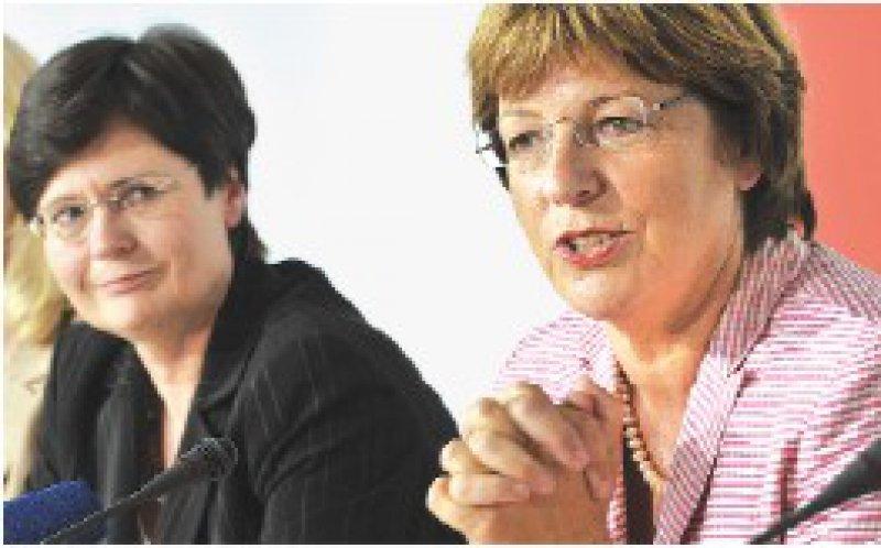 Zufrieden mit den Maßnahmen: Thüringens Gesundheitsministerin Christine Lieberknecht und Ulla Schmidt (von links). Foto: dpa