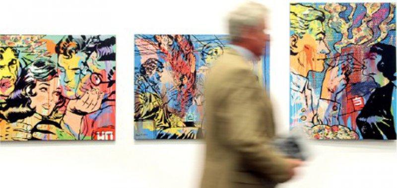 Werke des russischen Künstlers Georgy (Gosha) Ostretsov auf der diesjährigen Art Cologne Foto: Koelnmesse