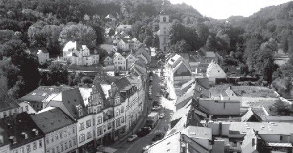 """Blick von oben auf die """"Perle des Zschopautals"""" im Freistaat Sachsen Foto: Norbert Jachertz"""