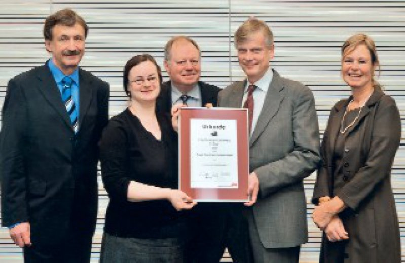Thomas Kohlmann, Susanne Singer, Franz Porzsolt, Nick Schulze-Solce, Ulricke Ravens-Sieberer (von links) Foto: Lilly, 2009