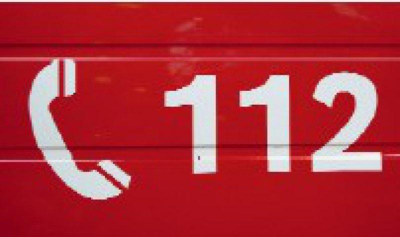 In allen EU-Ländern gültig: Wenn Reisende die 112 wählen, stehen aber oft Verständigungsprobleme einem Einsatz im Weg. Foto: Fotolia