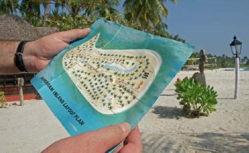 Der Luxus der Abgeschiedenheit mitten im Indischen Ozean: In gut einer Stunde hat man Bangaram am Strand entlang umrundet. Fotos: Helge Sobik