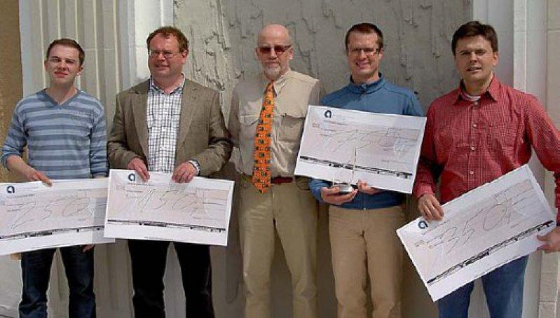 Die besten Fünf von 150 von links nach rechts – Alexandru Patrascu (4. Platz), Adrian Moise (5. Platz), Peter Krauseneck (2. Platz), Patrick Stiller (Ärztemeister 2009) und Tsevetomir Loukanov (3. Platz)