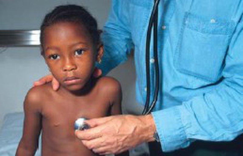 Jedes Jahr sterben 1,8 Millionen Kinder an einer Lungenentzündung. Foto: picture-alliance/Godong