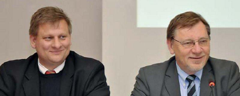Zufriedenes Duo: Bundesvorsitzender Ulrich Weigeldt (rechts) und Hauptgeschäftsführer Eberhard Mehl.