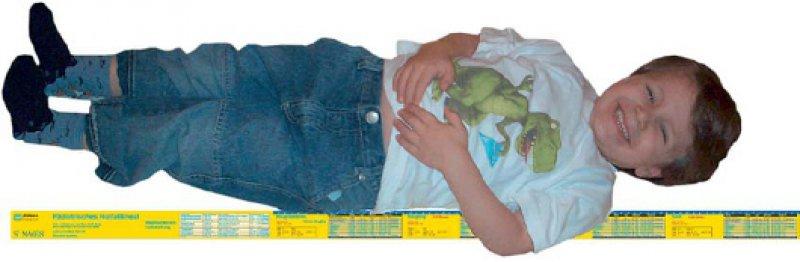Zusätzlich zur Funktion als Dosierungs- und Normwerttabelle bietet das Lineal die Möglichkeit, eine Gewichtsschätzung vorzunehmen.