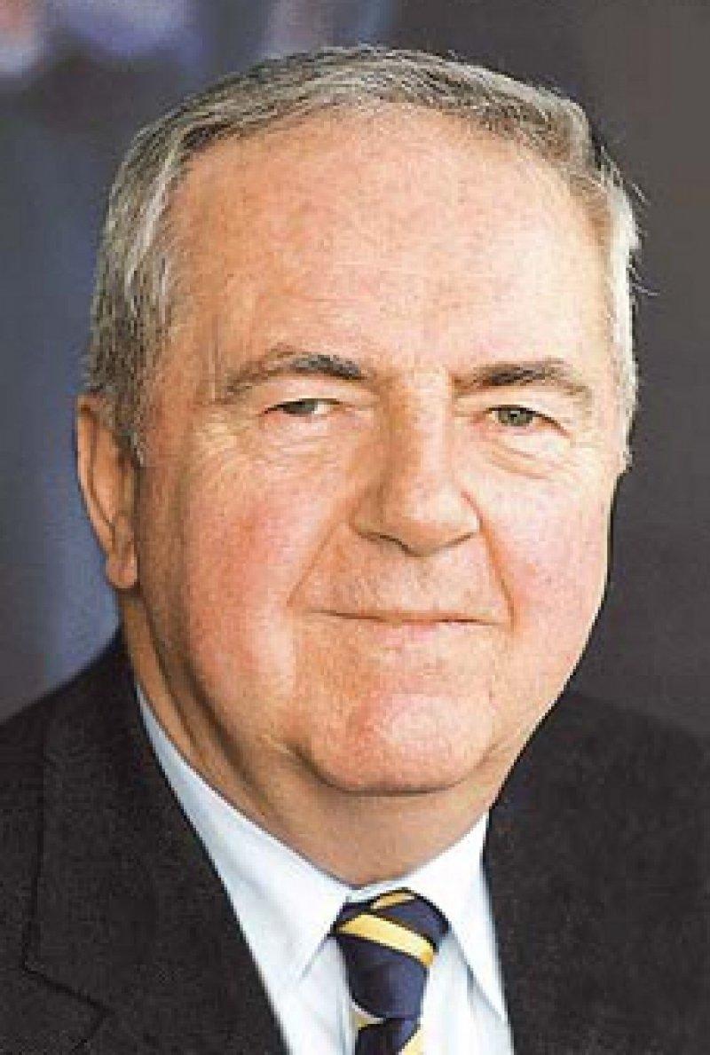 """Dr. med. Alfred Möhrle war Präsident der Landesärztekammer Hessen. Außerdem engagierte er sich als Vorsitzender des Ausschusses """"Gebührenordnung"""" der Bundesärztekammer. Foto: privat"""