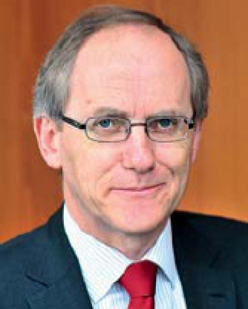 Heinz Stüwe. Chefredakteur