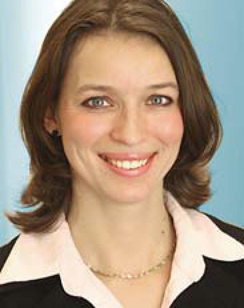 Dr. med. Eva Richter-Kuhlmann. Redakteurin für Gesundheits- und Sozialpolitik