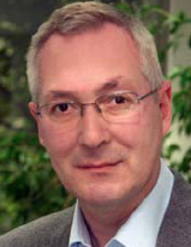 Josef Maus. Leiter der gesundheits- und sozialpolitischen Redaktion