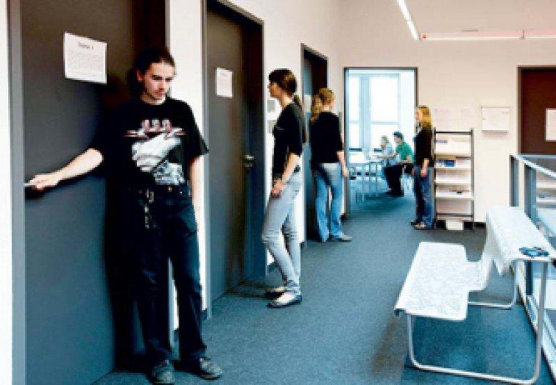 Nicht abhängig von einem einzelnen Votum: Die Bewerber in Hamburg durchlaufen mehrere Stationen. Foto: Universitätsklinikum Hamburg-Eppendorf, Unternehmenskommunikation
