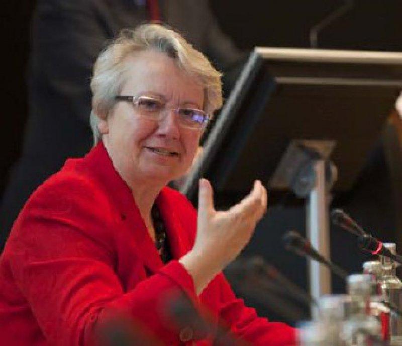 Will die besten Köpfe fördern und vernetzen: Bundesforschungsministerin Annette Schavan (CDU) Foto: VUD
