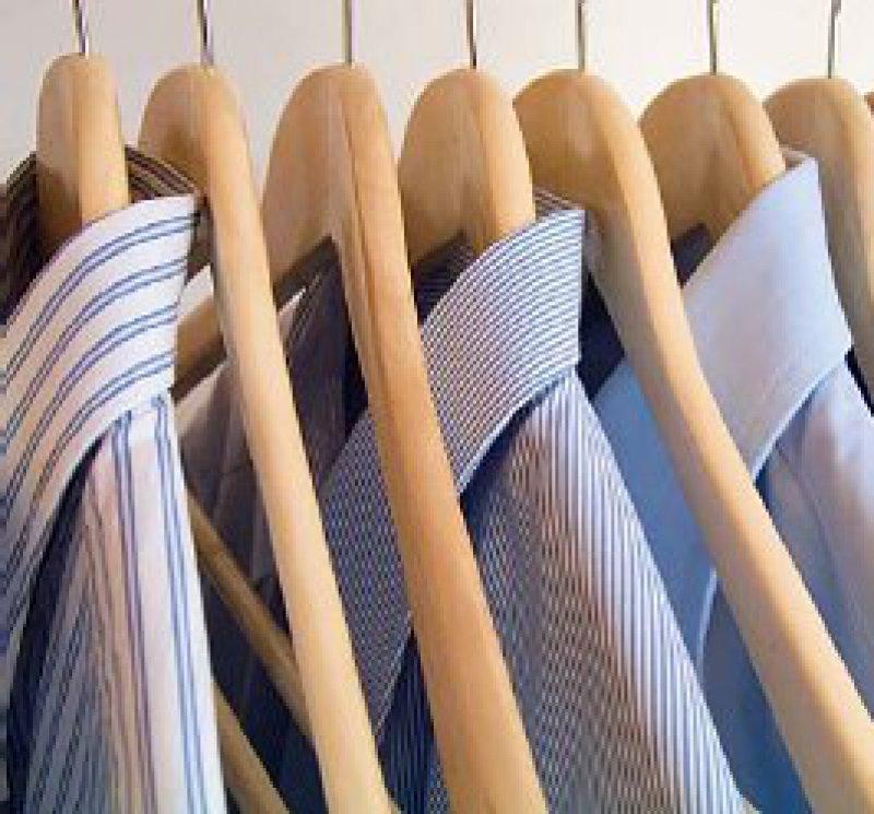 Anzug oder Jeans? – Das Erscheinungsbild des Therapeuten kann die Beziehung zum Patienten wesentlich beeinflussen. Foto: Fotolia