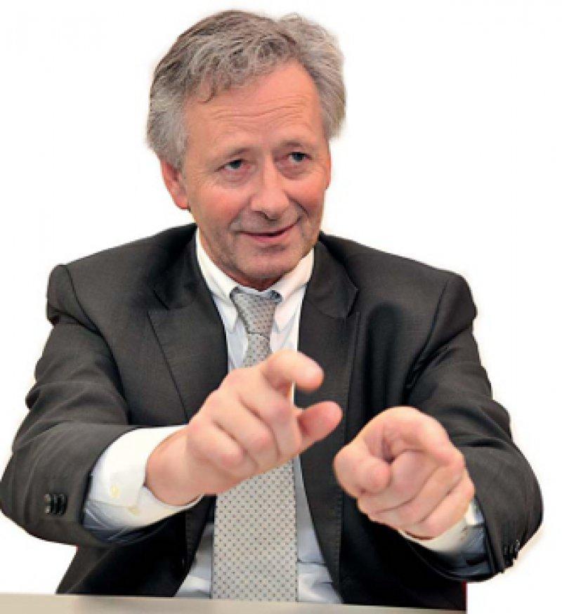 """Georg Baum (55) ist seit 2006 Hauptgeschäftsführer der Deutschen Krankenhausgesellschaft (DKG). Zuvor war der Diplom-Volkswirt 15 Jahre im Bundesgesundheitsministerium tätig, zuletzt als Leiter der Unterabteilung """"Gesundheitsversorgung und Krankenhauswesen""""."""