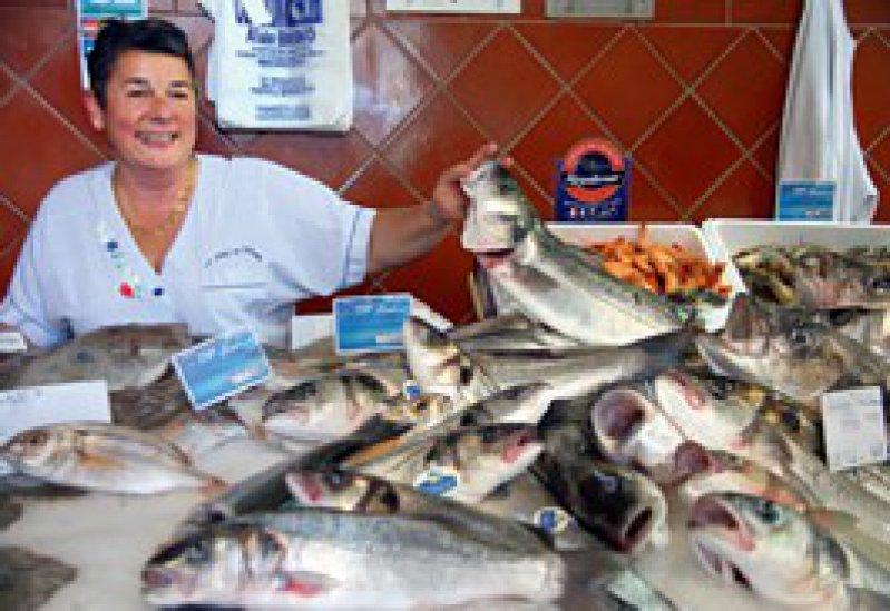 Der ganz normale südfranzösische Alltag: Bei Cathy Bruno kaufen sie alle – Einheimische, Köche, Jachtbesitzer.