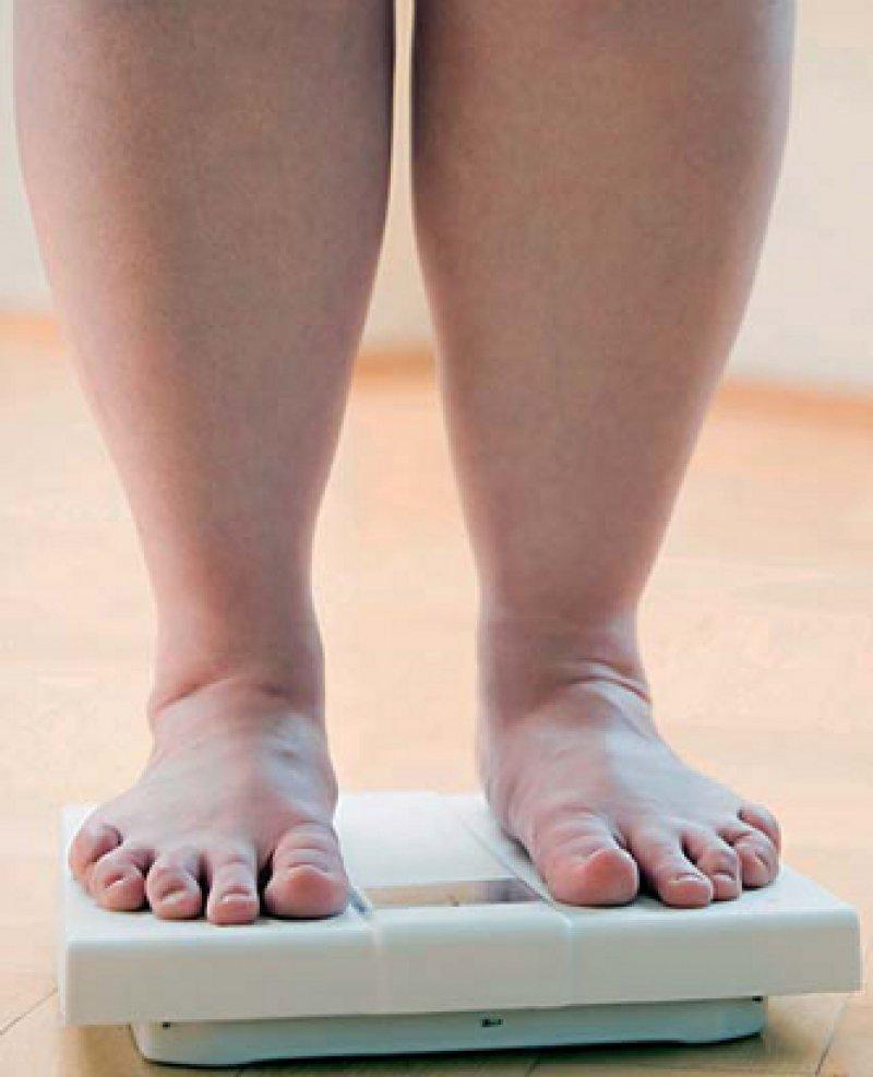 Problemfaktor Übergewicht: Im Durchschnitt leiden circa 15 Prozent der Erwachsenen in der Europäischen Union unter Fettleibigkeit. Foto: vario images