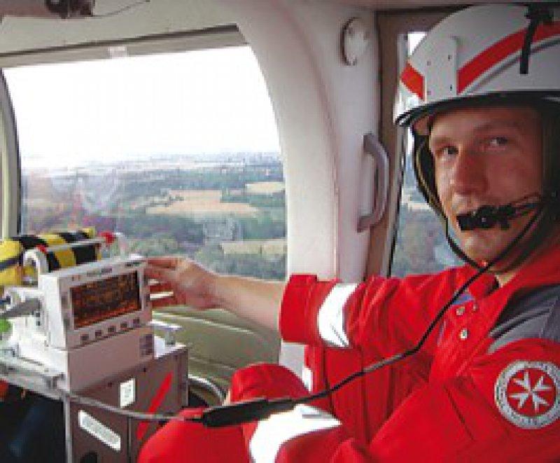 Ein Flug mit dem Intensivtransport-Hubschrauber der Uniklinik gehört optinal zumPraktikum. Foto: Uni Frankfurt