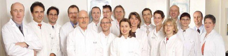 Ein großes Team: Die Ärztinnen und Ärzte des MVZ in Bonn. Fotos: Medizinisches Zentrum, Bonn-Friedensplatz
